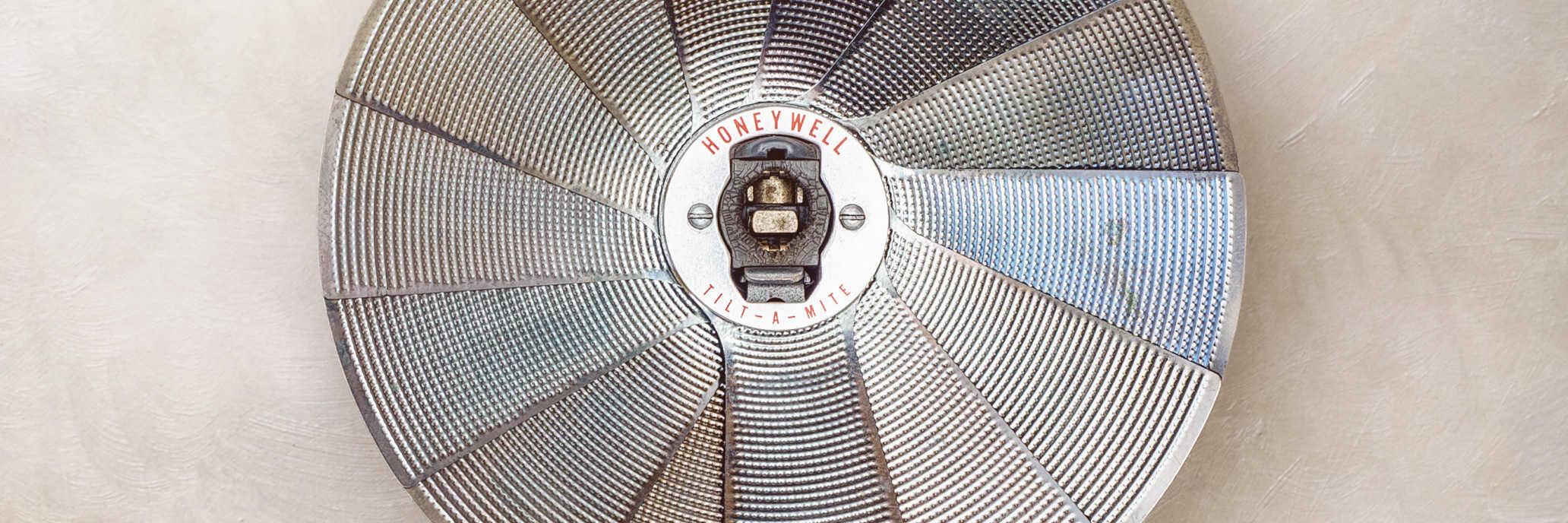 Honeywell Tilt-A-Mite