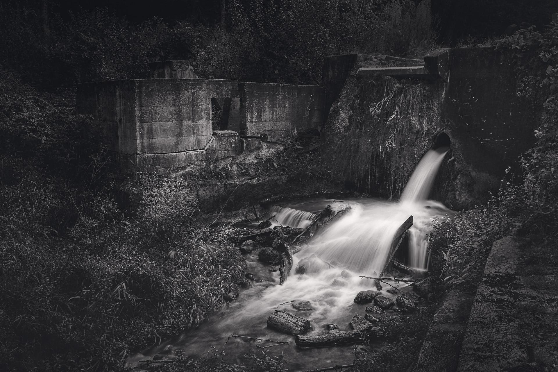 Paradise Springs Dam and Turbine House Ruins